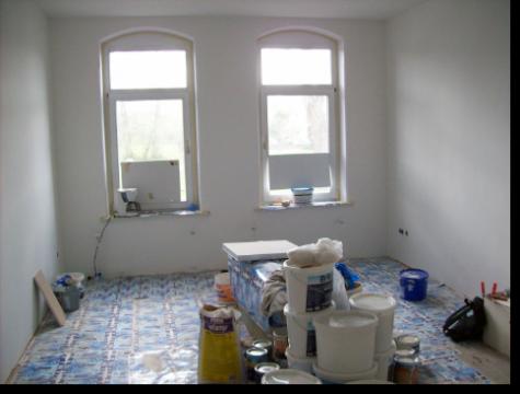 beim renovieren der wohnung wohnheim und ambulant betreutes wohnen in alfeld. Black Bedroom Furniture Sets. Home Design Ideas